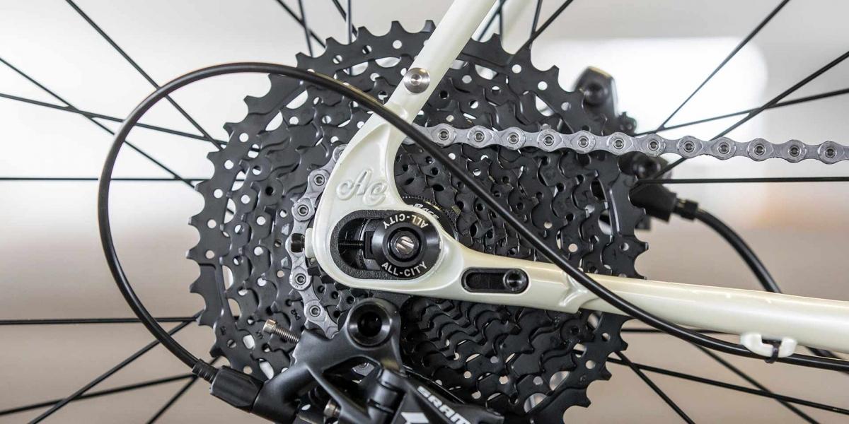 All-City Cycles Super Professional Apex 1 Flash Basil bike, drive-side rear dropout detail