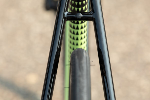 Looking through Zig Zag seat stays showing plentiful tire clearance on complete bike