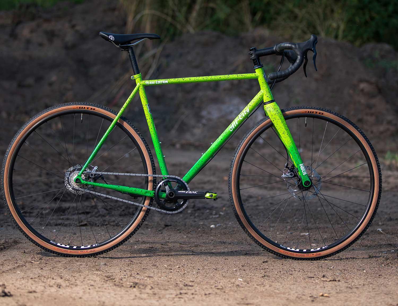 Nature boy green fade splatter bike