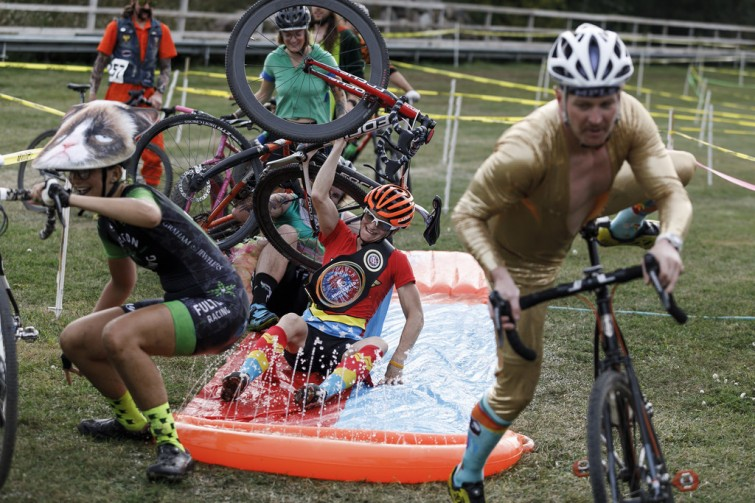 Riders at Intercontinental Cyclocross Championships