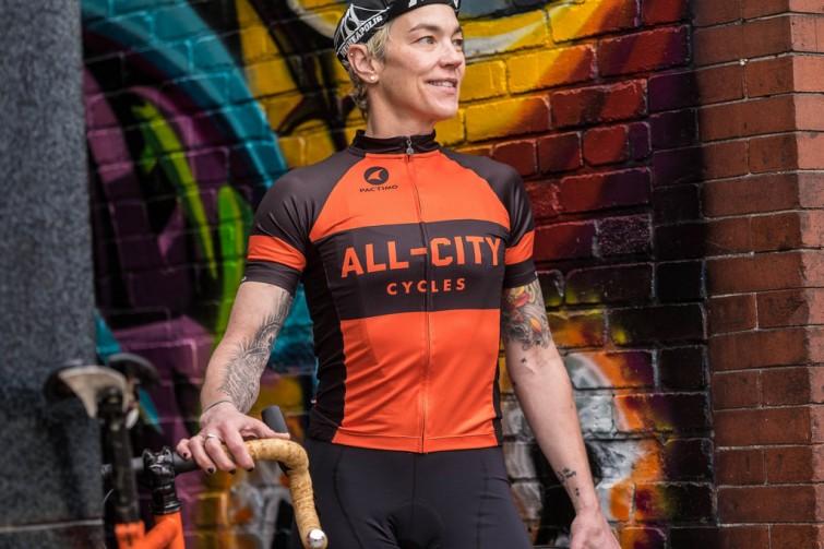 A rider with orange t-shirt