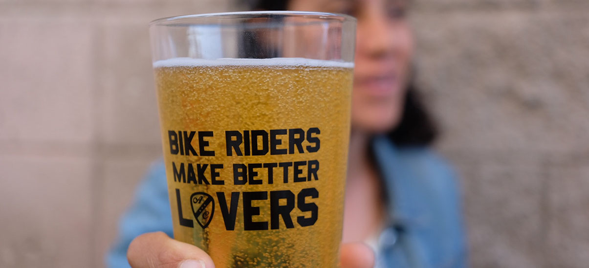 bike riders pint